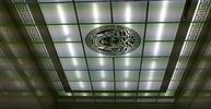 Дизайнерский кассетный потолок из матового стекла с орнаментом