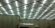 Кассетный потолок из акрила с декором