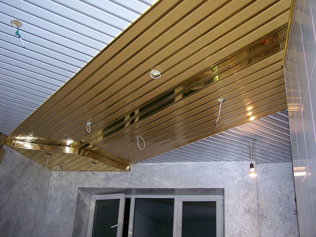 реечные алюминиевые потолки на кухне фото что